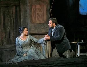 Соня Йончева в Бохеми в Метрополитън опера