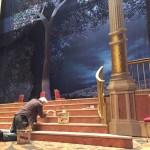 подготовка на сцената за спектакъла